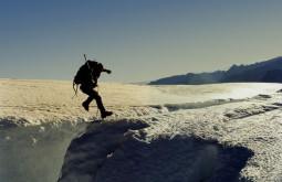 Pedro Hauck pulando uma greta no Tronador Argentina Foto de Maximo Kausch