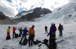glacier-school-and-huayna-potosi--bolivia