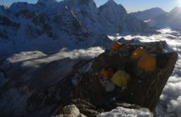 ama-dablam-summit